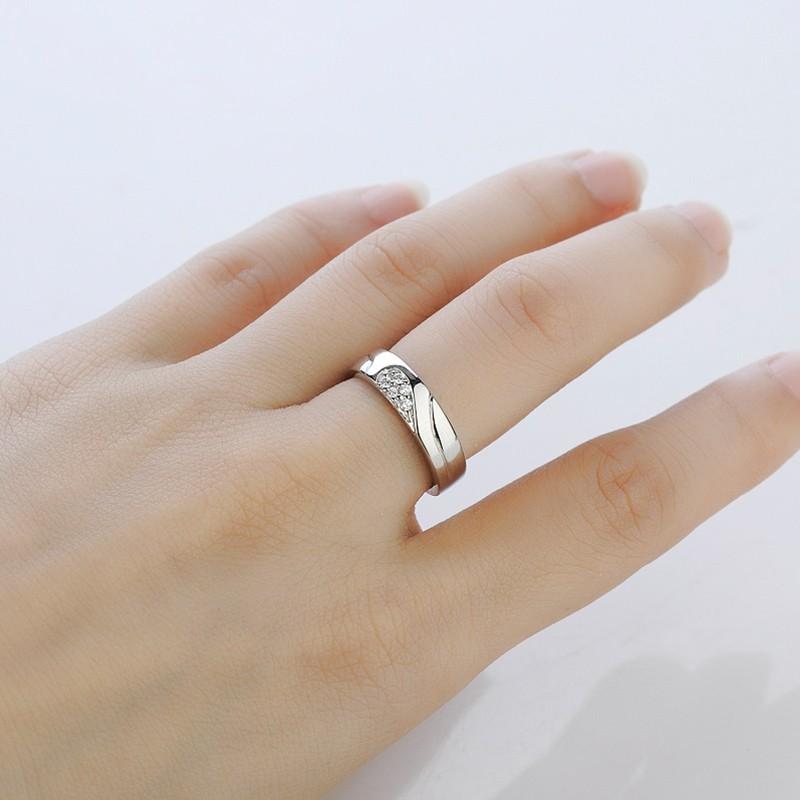 925 Silver Heart-Shaped Diamond Creative Design Engraved Couple ...