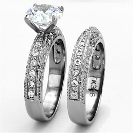 Amazing Emulation Diamond Engagement Ring Set