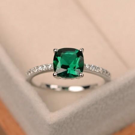 Luxury Inlaid Zircon Ring Engagement Ring