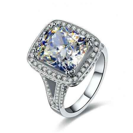 Luxurious 8 Carat Moissanite SONA Diamond Sterling Silver Lady's Ring