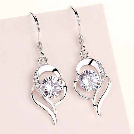 Perfect Valentine's Day Gift 925 Silver Heart Women's Fashion Earring