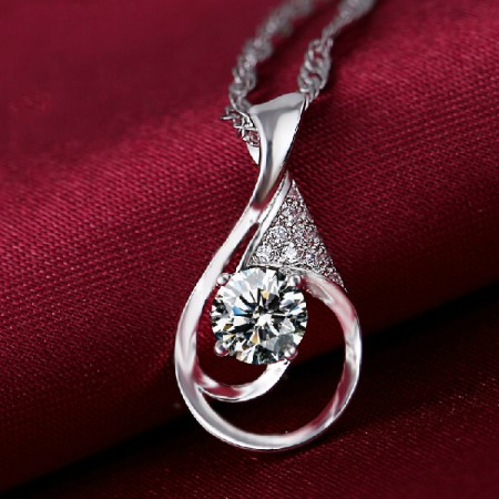 Everlasting Heart 925 Sterling Silver Pendant With Cubic Zirconia