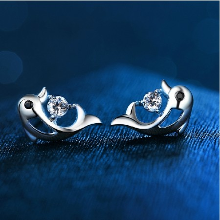 Fashion 925 Sterling Silver Dolphin Stup Earring For Women