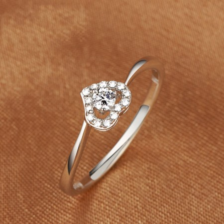 925 Sterling Silver Heart Shaped Engagement / Wedding Ring