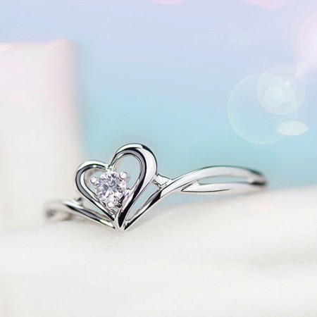 Heart Shaped Cut Exquisite 925 Sterling Silver Inlay Cubic Zirconia Engagement Ring