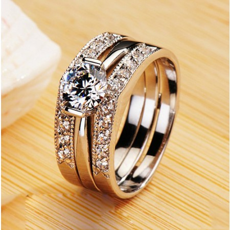 Exquisite Three-In-One Solitaire Women's Ring