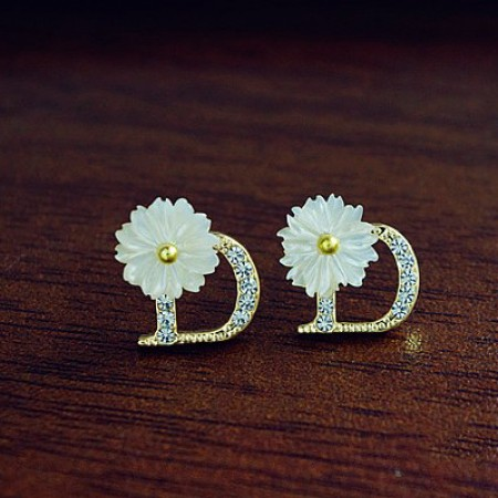 """Pretty Fashion Crystal Letter""""D"""" With Conch Flower Women's Earrings"""