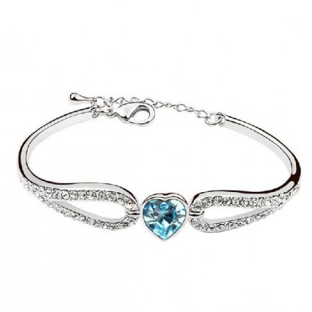 Exquisite Crystalline Sweet Heart Women's Bracelet