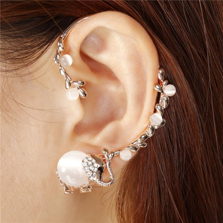 Fashion Little Lovely Elephant Woman's Ear Cuff
