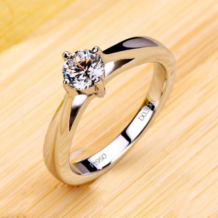 Unique Designed Solitaire Brilliant Diamond Wedding Ring