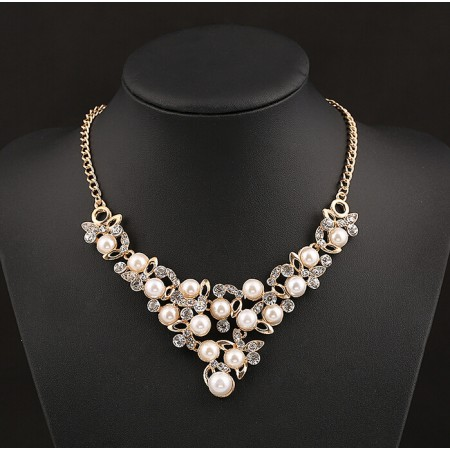 Luxury Crystal Pearl Temperament Bright Flowers Statement Necklace