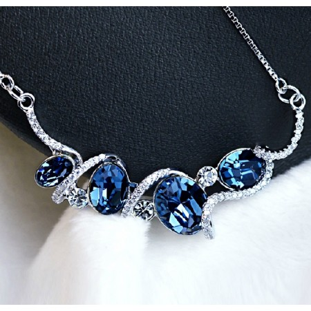 Fashion Blue Crystal Necklace With CZ Inlaid Pendant