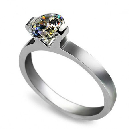 Platinum Plated 925 Sterling Silver Ring With 1 ct Perfectly Cut Artificial Diamond
