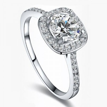 Sparkling And Noble Micro-Inserted AAA Cubic Zirconia White Gold Planted Women's Ring
