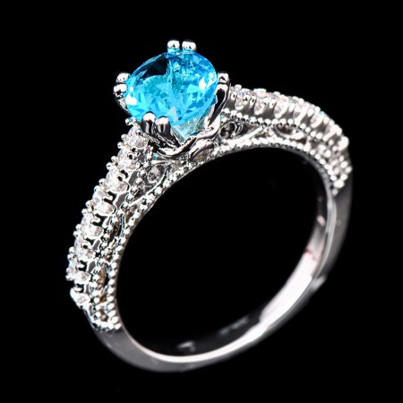 Chic Blue Round CZ Inlaid Platinum Plating Engagement Ring For Women