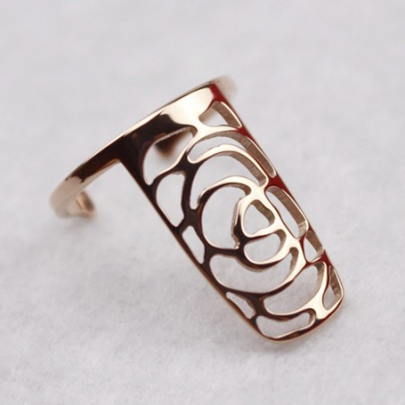 Exquisite Hollow Flower Design Titanium Steel Gold-plated Women's Nail Ring