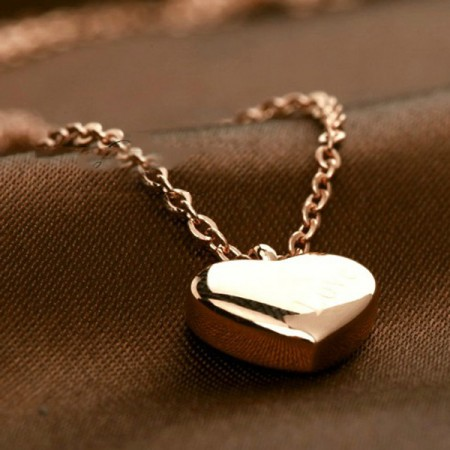New Fashion Sweet LOVE Heart-shaped 18k Gold Plated Women's Necklace