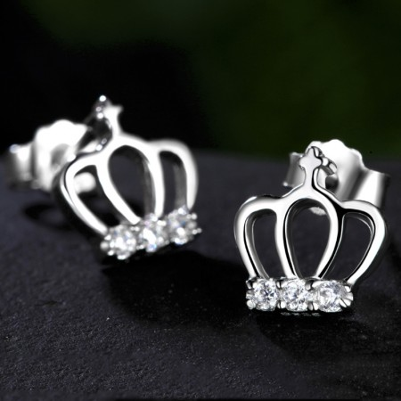 Charming Cut Out Sterling Silver Crown With Crystal Fashion Stud Earrings