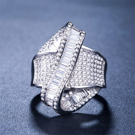 New Creative Ribbon With Zircon Ring