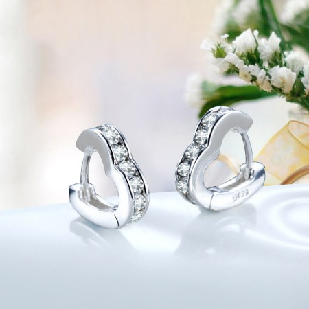 Exquisite Workmanship High-End Materials Romantic Heart-Shaped Earrings