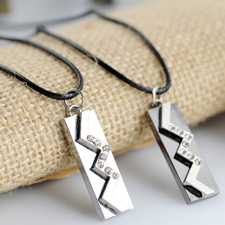 Lightning Alloy Couples Necklace
