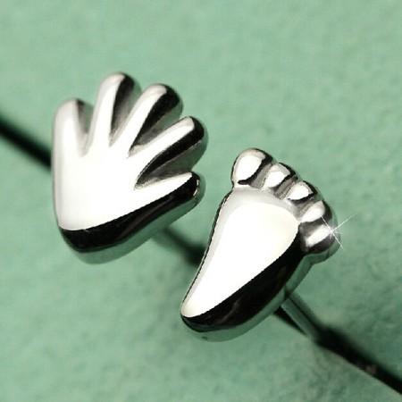 Lovely Hand And Feet Shape 925 Sterling Silver Stub Earrings