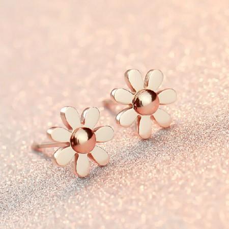 Fashion Retro 18K Rose Gold Floral-shaped Stud Earrings