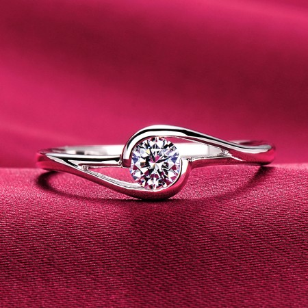 0.25 Carat Simulated Diamond Engagement/Wedding/Promise Ring For Her
