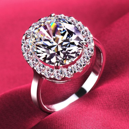 5.0 Carat Simulated Diamond Engagement/Wedding/Promise Ring For Her