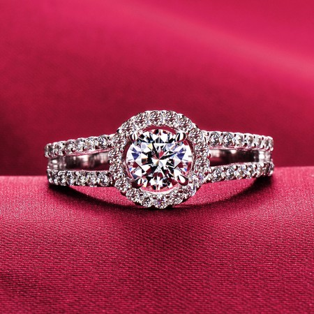 0.5 Carat Simulated Diamond Engagement/Wedding/Promise Ring For Her