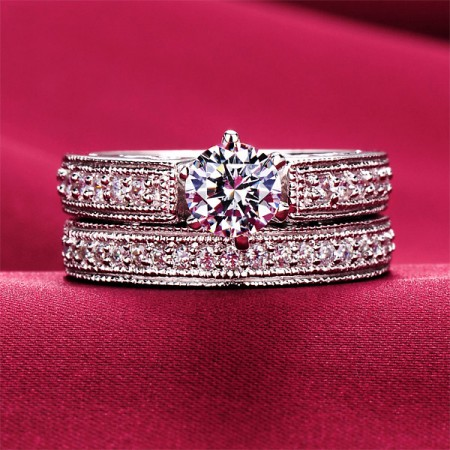 0.6 Carat Simulated Diamond Engagement/Wedding/Promise Ring Set For Her