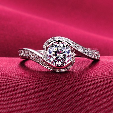 0.4 Carat Simulated Diamond Engagement/Wedding/Promise Ring For Her