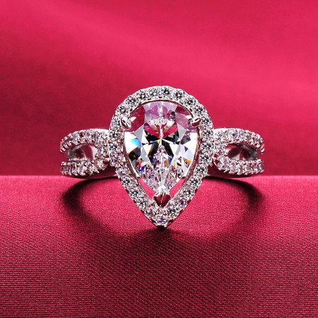 1.0 Carat Simulated Diamond Engagement/Wedding/Promise Ring For Her