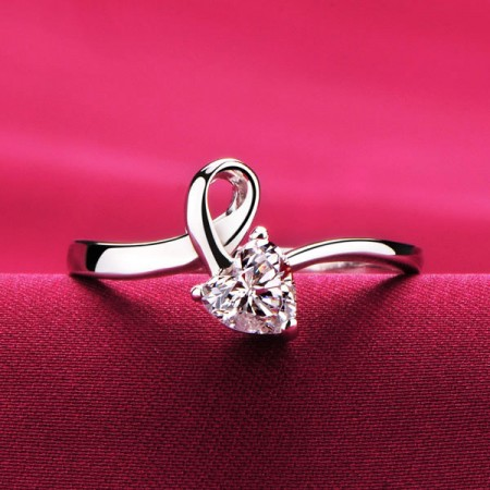 0.3 Carat Simulated Diamond Engagement/Wedding/Promise Ring For Her