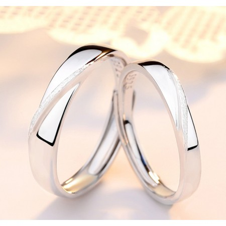 Parallel Lines Mobius Design Sterling Silver Lovers Adjustable Couple Rings