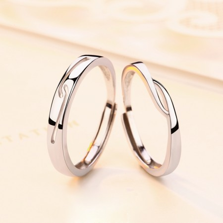 Original Design Hand In Hand s925 Sterling Silver Lovers Adjustable Couple Rings
