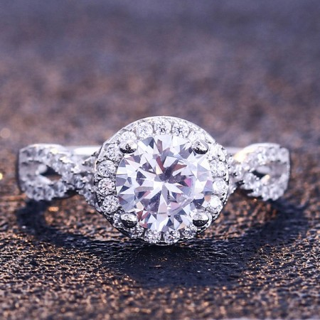 Stunning Round Cut 925 Sterling Silver Halo Engagement Ring