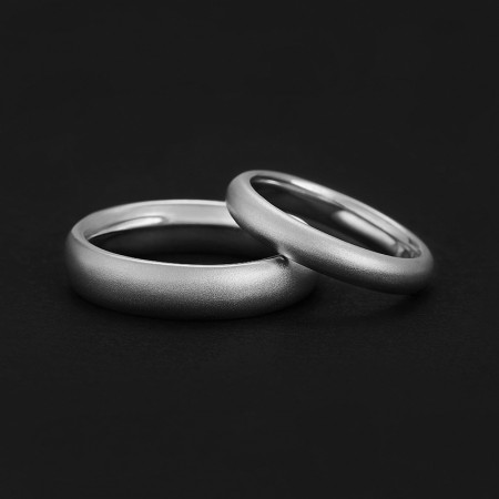 Engravable Simple Matching Frosted Rings For Couples In Sterling Silver