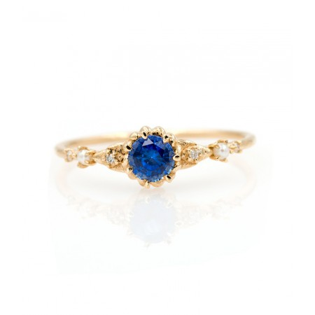 Exquisite Yellow Gold Sapphire Birthstone Promise Ring