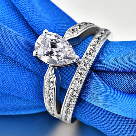 2.0 CT 925 Silver Platinum Plated Pear Simulated Diamond Promise/Wedding/Engagement Ring For Women Girl Friends Valentine's Day Gift