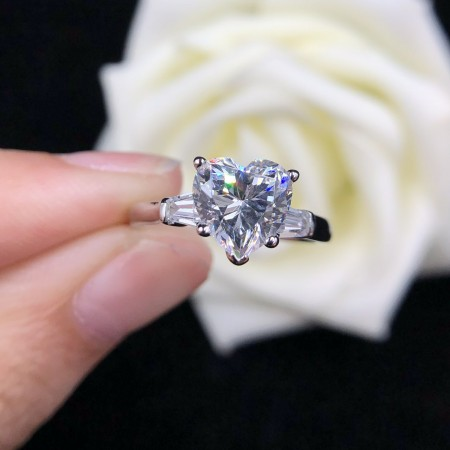 2.0 CT 925 Silver Platinum Plated Heart Simulated Diamond Promise/Wedding/Engagement Ring For Women Girl Friends Valentine's Day Gift
