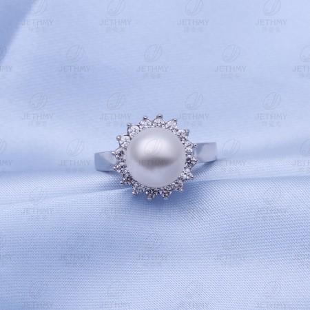 18K Gold Zircon Exquisite Pearl Ring