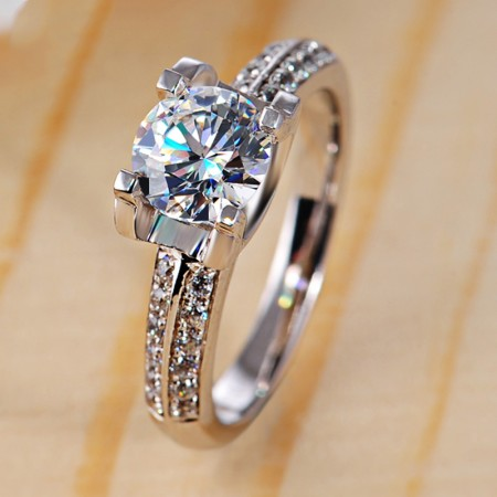 Classical Round Cubic Zirconia Inlaid  925 Sterling Silver Engagement Ring