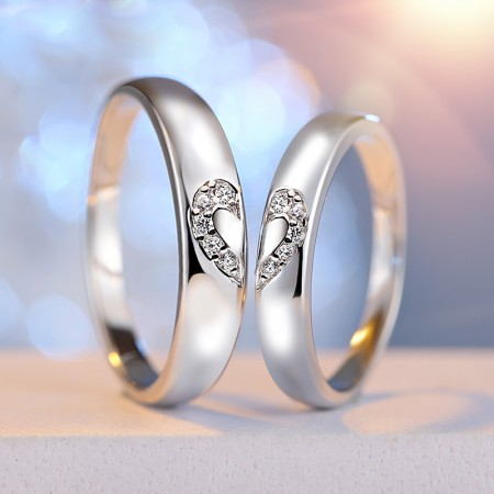 Sterling Silver And Crystal Heart Lover's Rings(Price For A Pair)