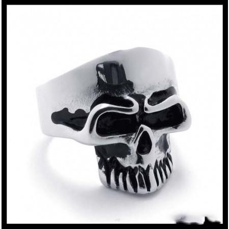 New Domineering Titanium Steel Skull Ring
