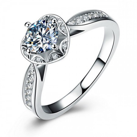 Europe Hot 925 Sterling Silver Heart-Shaped Inlay Cz Engagement Ring