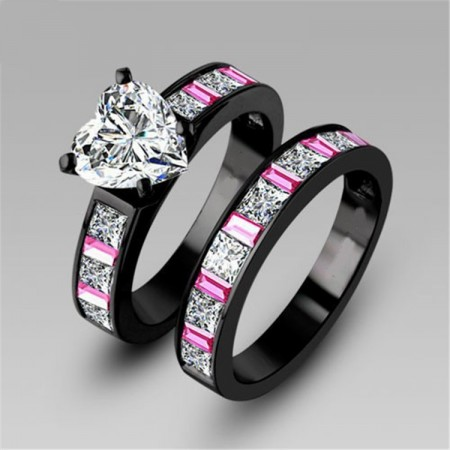 Korean Black Gold Inlaid Heart-Shaped CZ Engagement Ring/Bridal Set