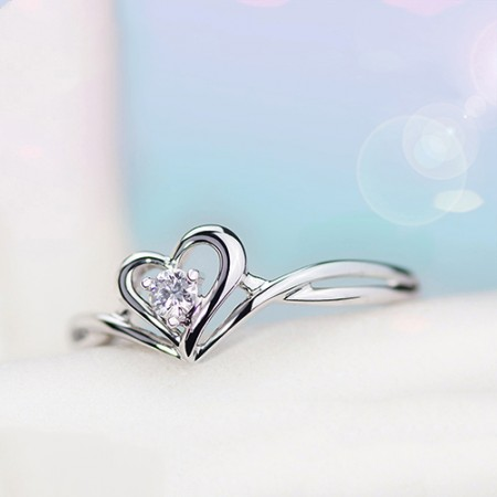 Original Produced 925 Sterling Silver Inlaid Cubic Zirconia Heart-Shaped Engagement Ring
