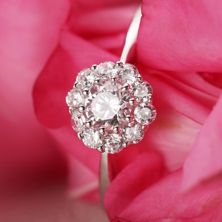 925 Sterling Silver Inlaid Bright Shining Cubic Zirconia Engagement Ring