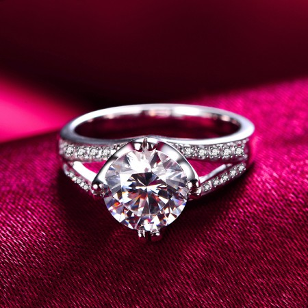 Luxury Shining 1ct Cubic Zirconia With 925 Sterling Silver Engagement Ring
